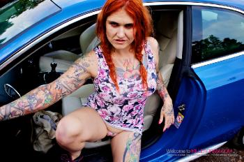 Tallulah Thorn_On A Dogging Mission