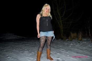 Raquel Kelly_Dogging In The Winter
